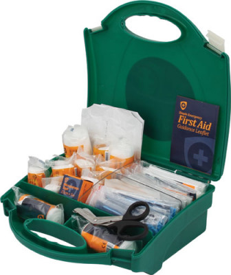 First aid kit, 20 person, bs8599 compliant,with medium green carry case