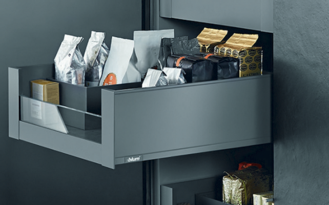 LEGRABOX now Pre-assembled free, NL=550 mm, height M (91 mm), CW=564 mm, orion grey