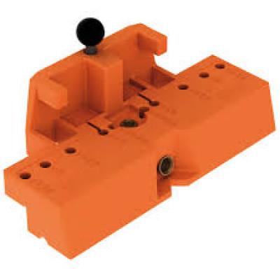 Drilling templatefor TANDEM hook and peg variant