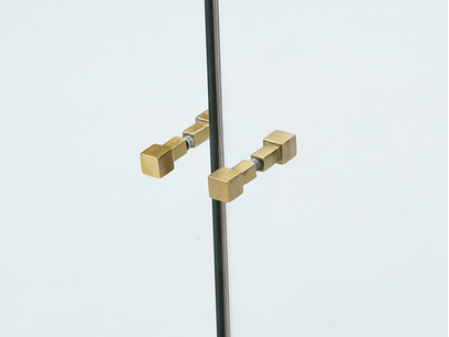 Trixie mirrored drinks cabinet handle detail