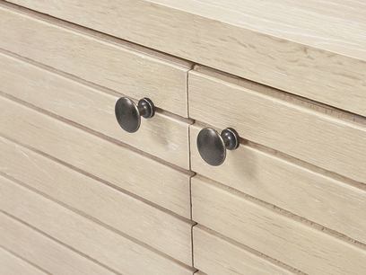 Thirsty Bubba oak wood drinks cabinet handle detail