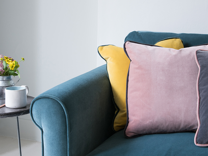 Pipelet contrast fabric coloured cushions