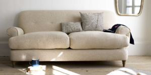 Blinder sofa in Thatch house fabric