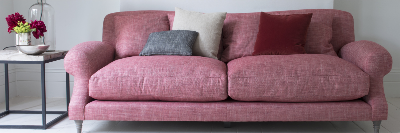 Crumpet deep sofa in red fabric