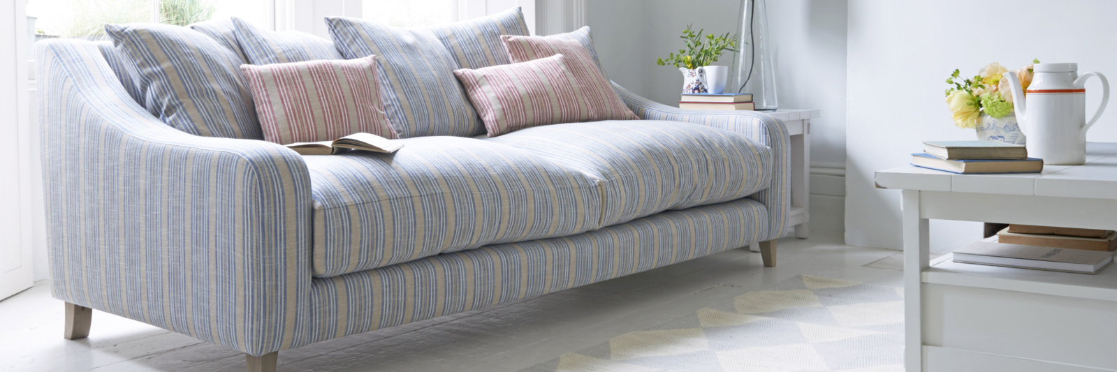 Oscar deep sofa in striped fabric