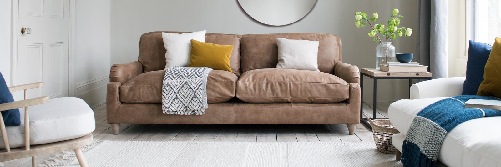 Pavlova sofa