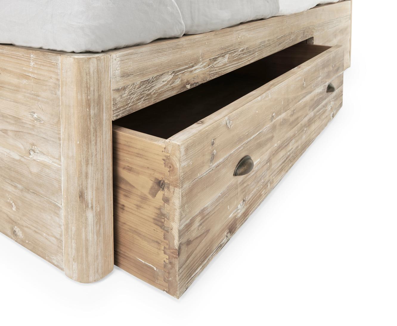 Woody Storage Bed