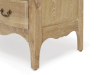 Solid oak Audrie bedroom chest of drawers in a French vintage style