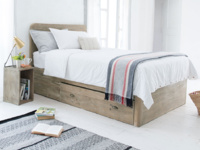 Modern Woody bed in solid oak with deep storage drawers