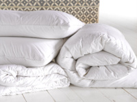 Goose feather pillow and down duvet bedding bundle