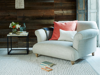 Gorgeous comfortable British made contemporary Soufflé snuggler and love seat