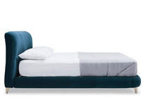 Cookie upholstered bed