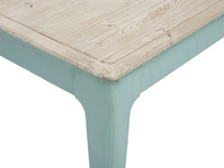 Tucker wooden kitchen table corner detail