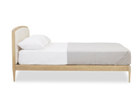 Smoothie wooden bed
