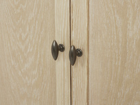 Valentine Solid Oak Wardrobe Door detail