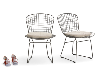 Industrial metal wire kitchen chairs with linen cushion pads