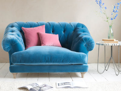 Very comfy chesterfield Bagsie snugler and love seat