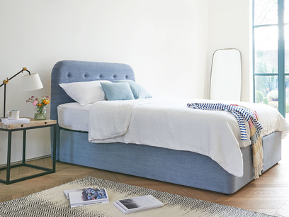 Napper button back headboard