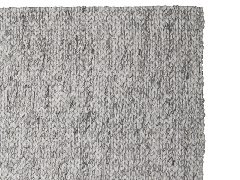 Woven grey wool Yarn handmade rug