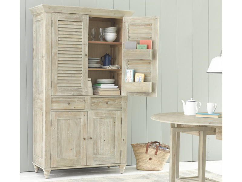 French style kitchen Super Sucre larder cupboard