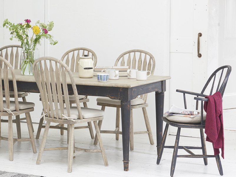 Spindle Chuckler wooden farmhouse dining and kitchen chairs