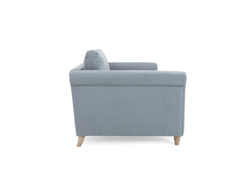 Traditional fabric Weekender sofa