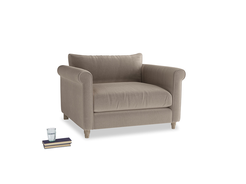 Love Seat Weekender Love seat in Fawn clever velvet