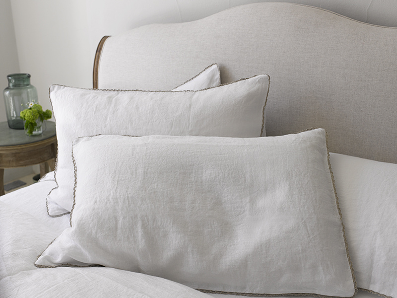 Lordy bedding in beautiful Belgian crushed linen