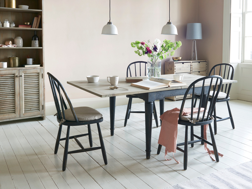 Toaster two tone extendable flip top dining table