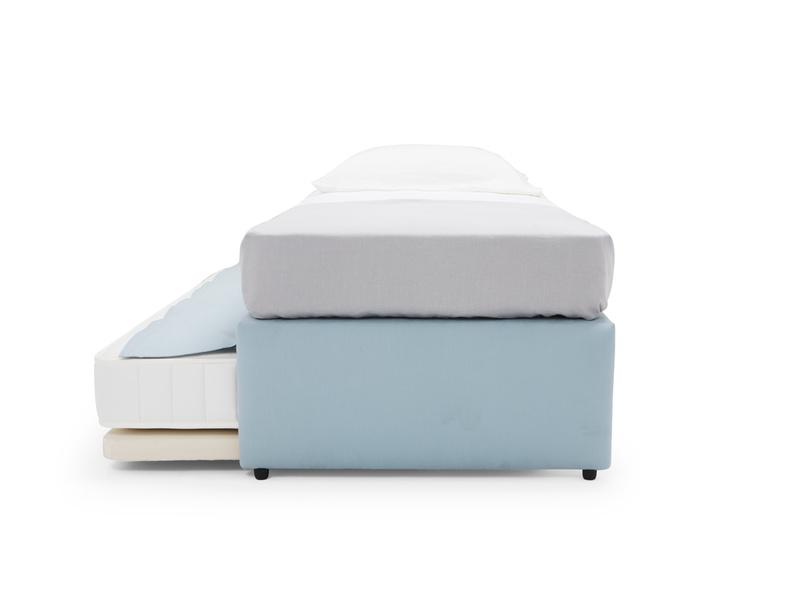 Friends foldaway bed
