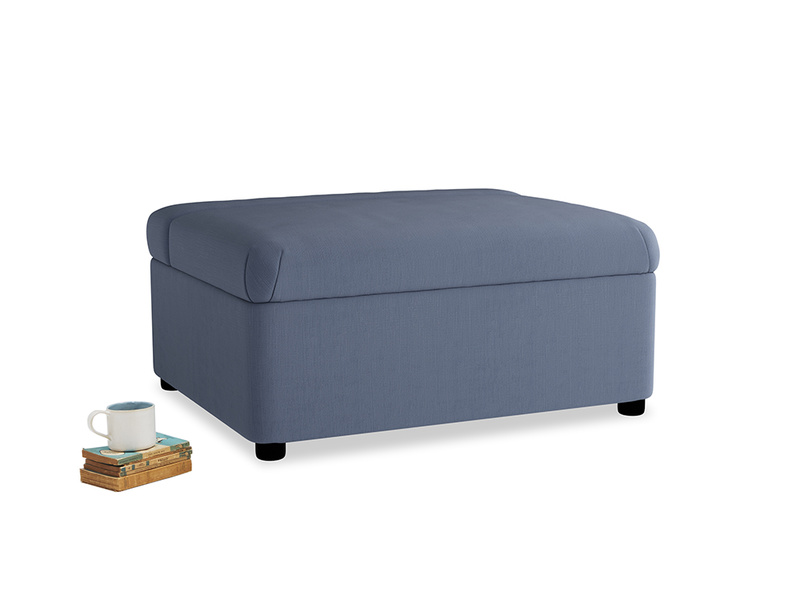 Single Bed in a Bun in Breton blue clever cotton