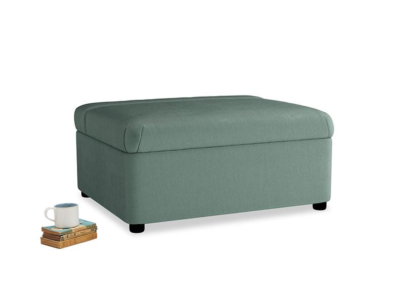 Single Bed in a Bun in Sea blue vintage velvet