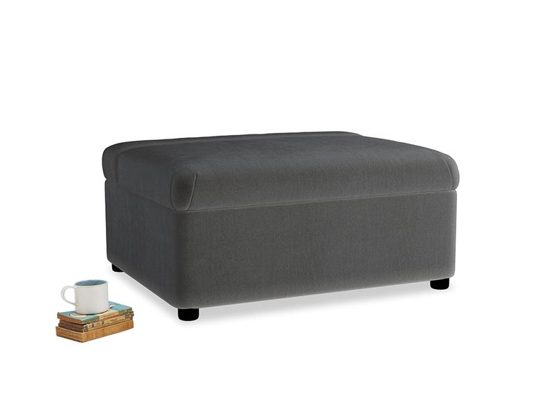 Single Bed in a Bun in Steel clever velvet