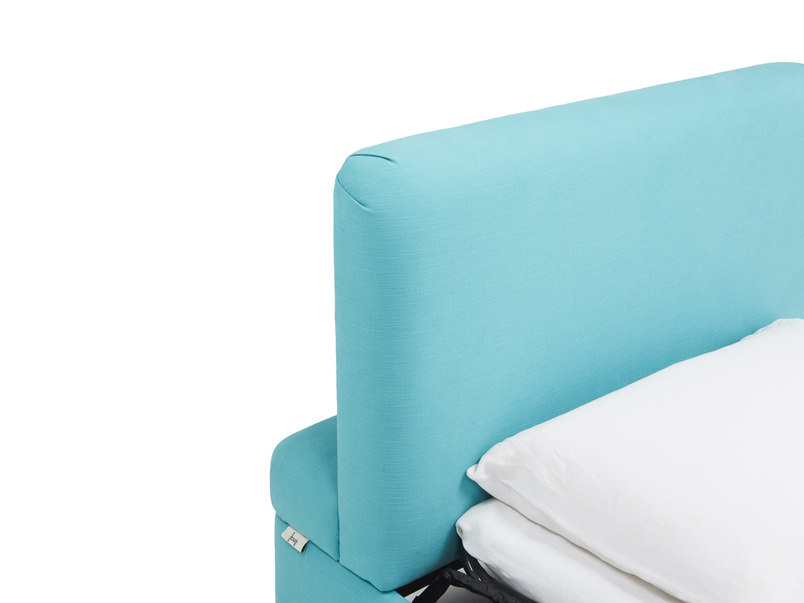 Bed in a bun footstool hideaway guest bed