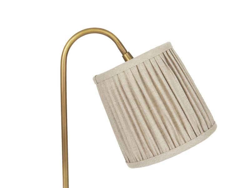 Little Slam Dunk table lamp curved with pleated shade