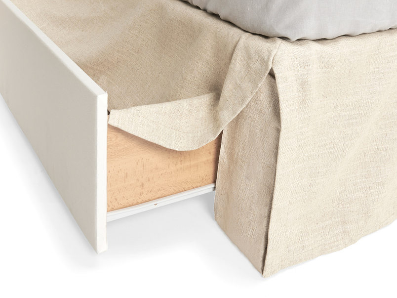 Upholstered beautiful contemporary luxury Space divan bed