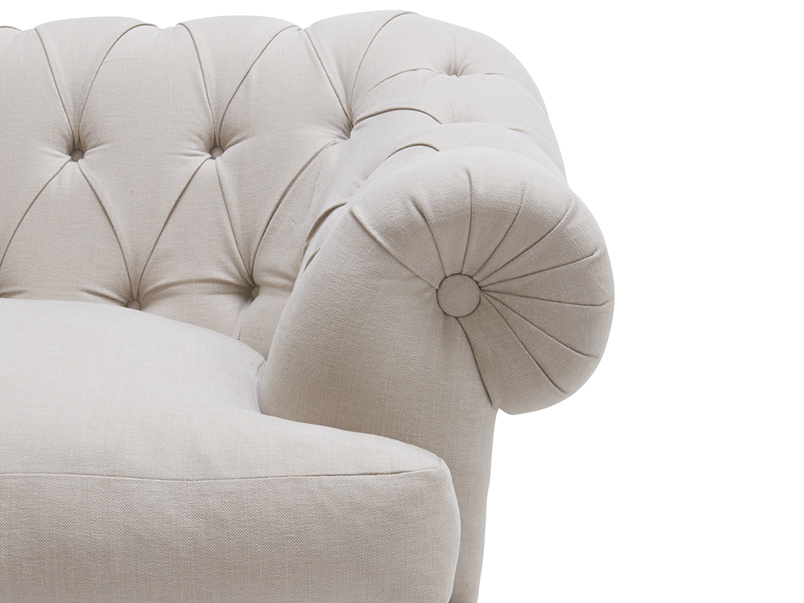 Bagsie buttoned back chesterfield snugler and love seat