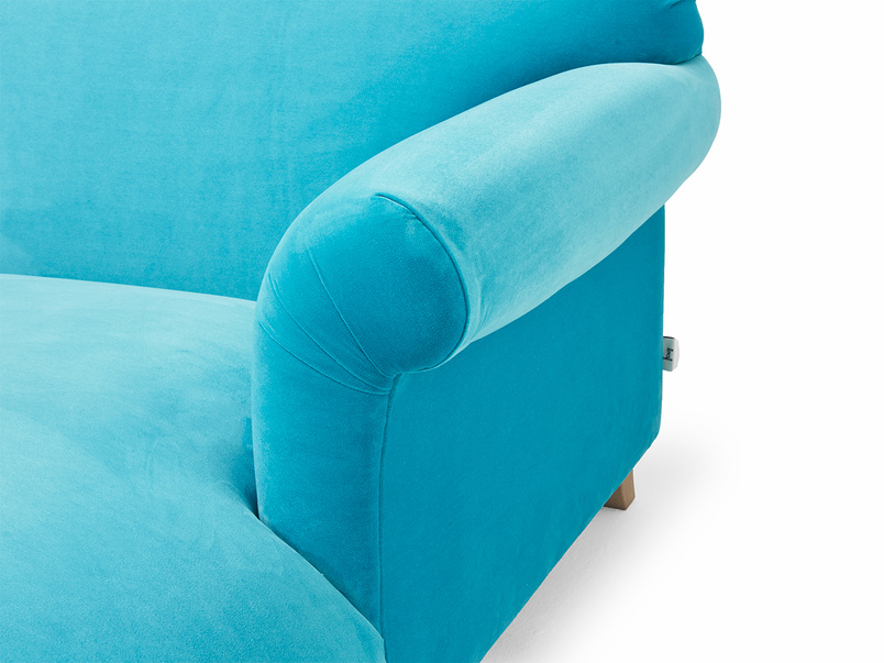 Elegant Soufflé love seat chaise snuggle chair