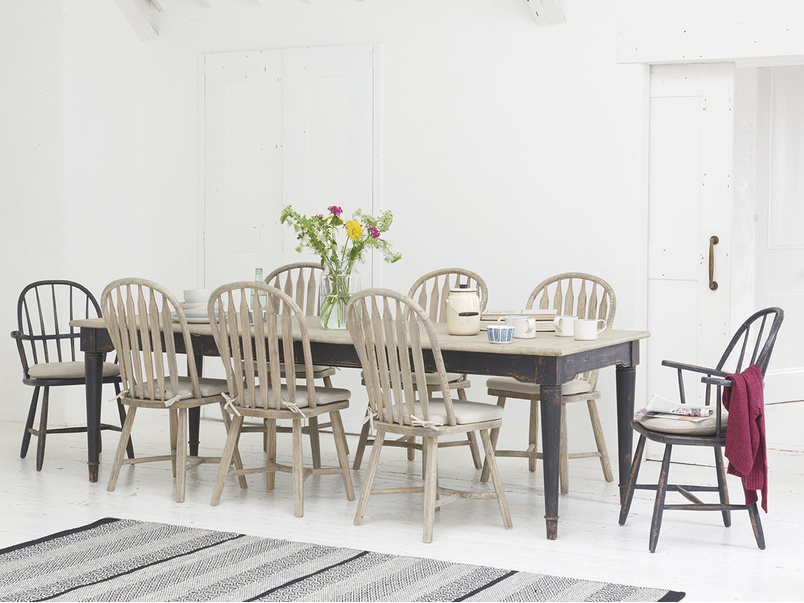 Farmhouse extending Toaster kitchen table