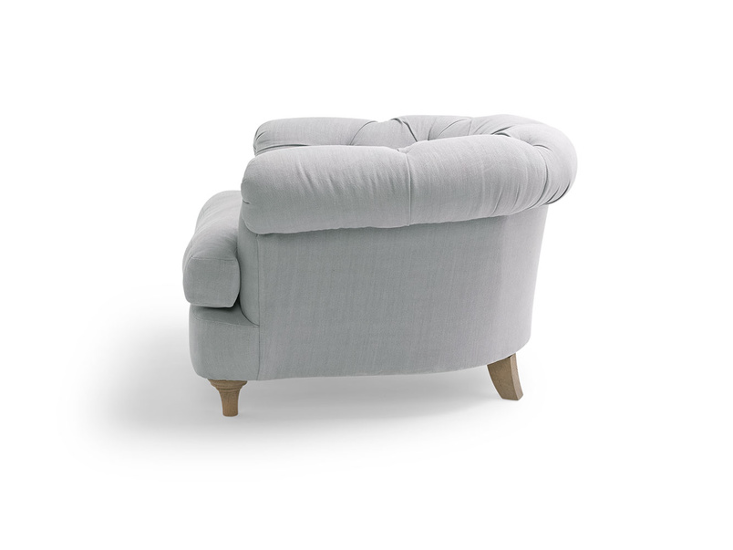 Small chesterfield style bedroom Swaggamuffin armchair