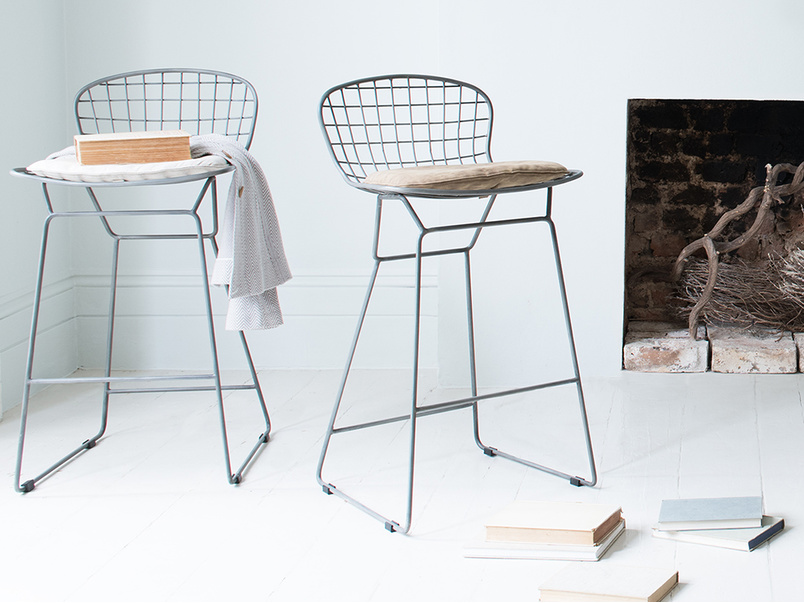 Tall Burger bar stool kitchen chairs with Linen seat pads