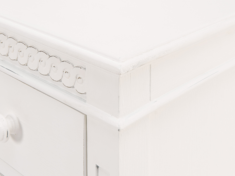 Painted cool kids Ludo bedroom chest of drawers in off-white