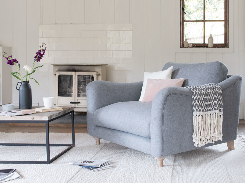 Bumpster curved arm love seat