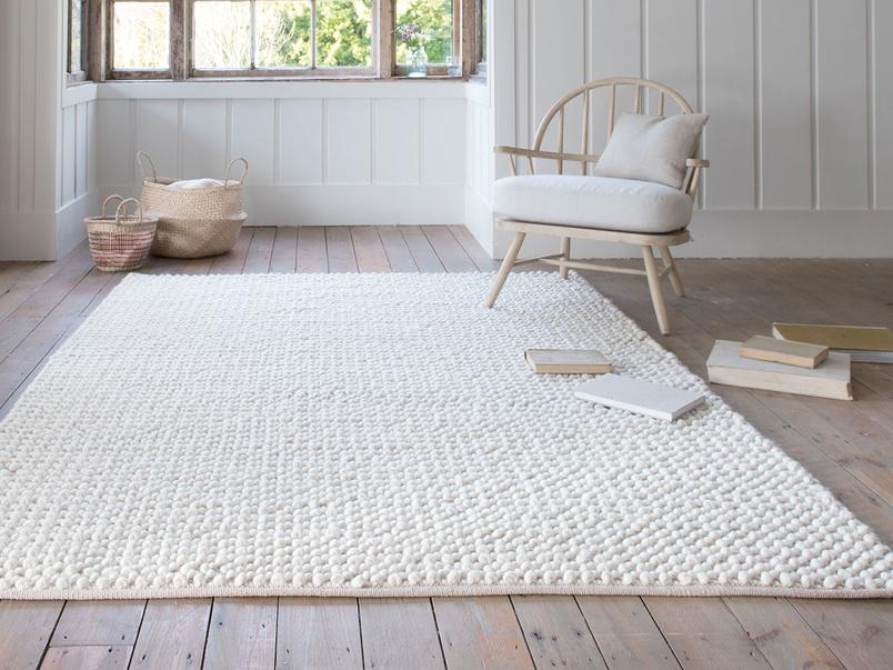 Bobble floor rug in Putty
