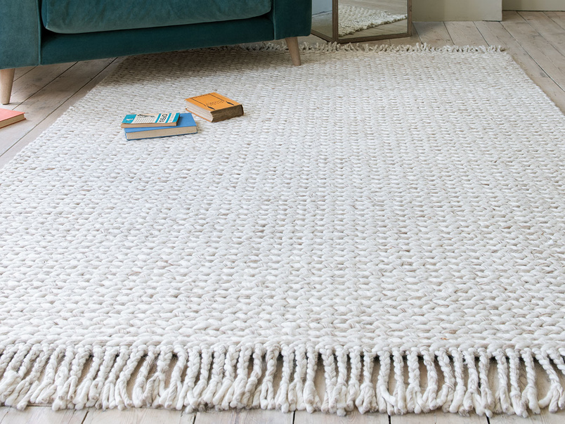 Chunkster knitted wool floor rug