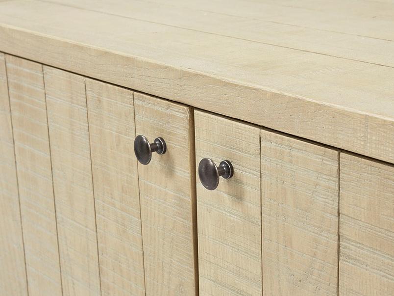 Grand Kanoodle bandsawn oak sideboard handle detail