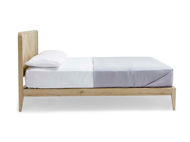 Flapper parquet style bed side detail