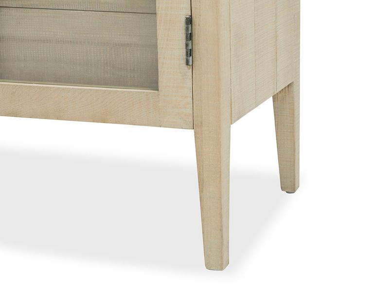 Super Kernel kitchen cabinet leg detail