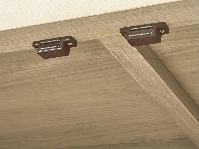 Super Kernel kitchen pantry cupboard inside detail