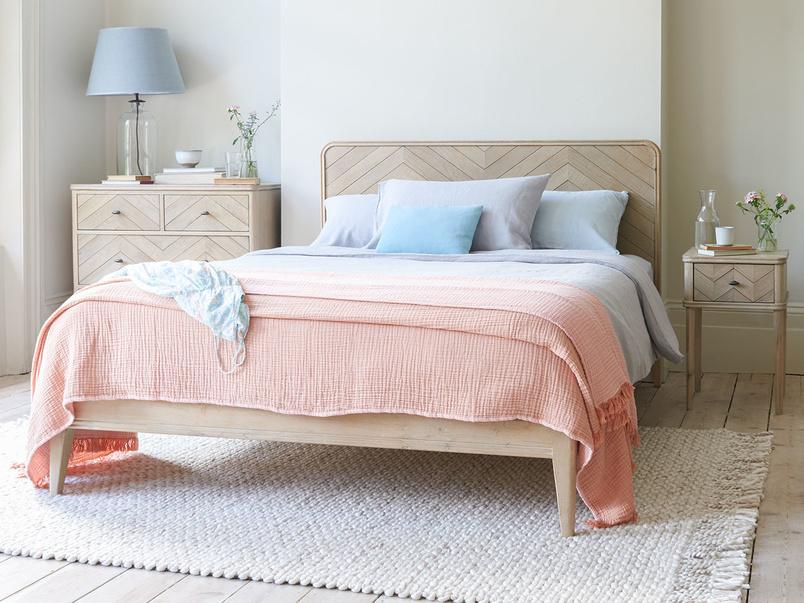 Flapper wooden bed
